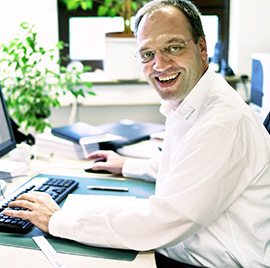 team_Peter-Huebner